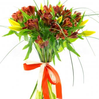 Букет из Альстромерий с Тюльпанами