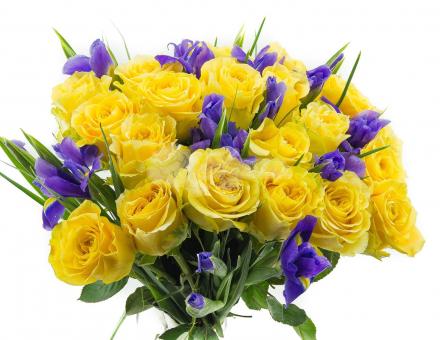 Букет розы с ирисами